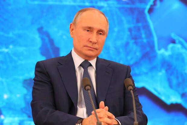 Семьям с детьми до семи лет выплатят по пять тысяч рублей