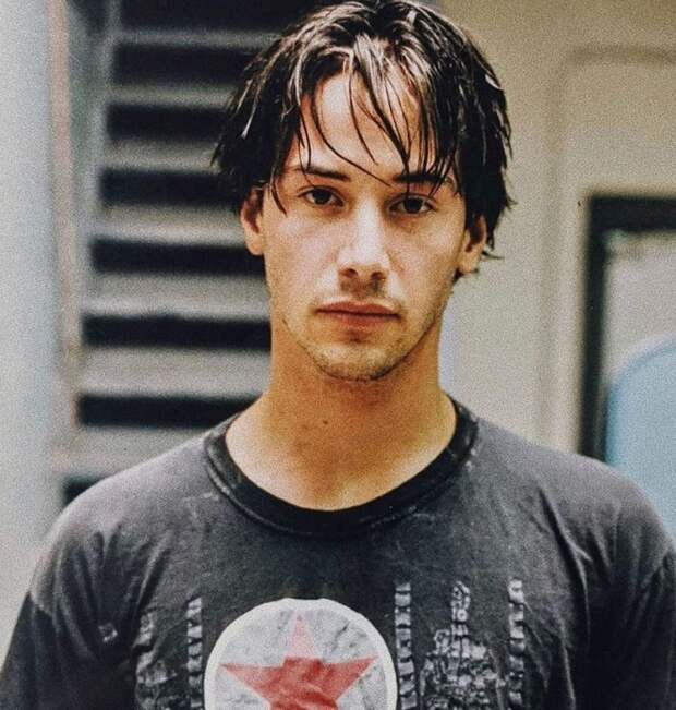 12 самых сексуальных актеров 90-х