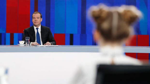 Операция Преемник: Медведев выступил со статьёй, читаем между строк