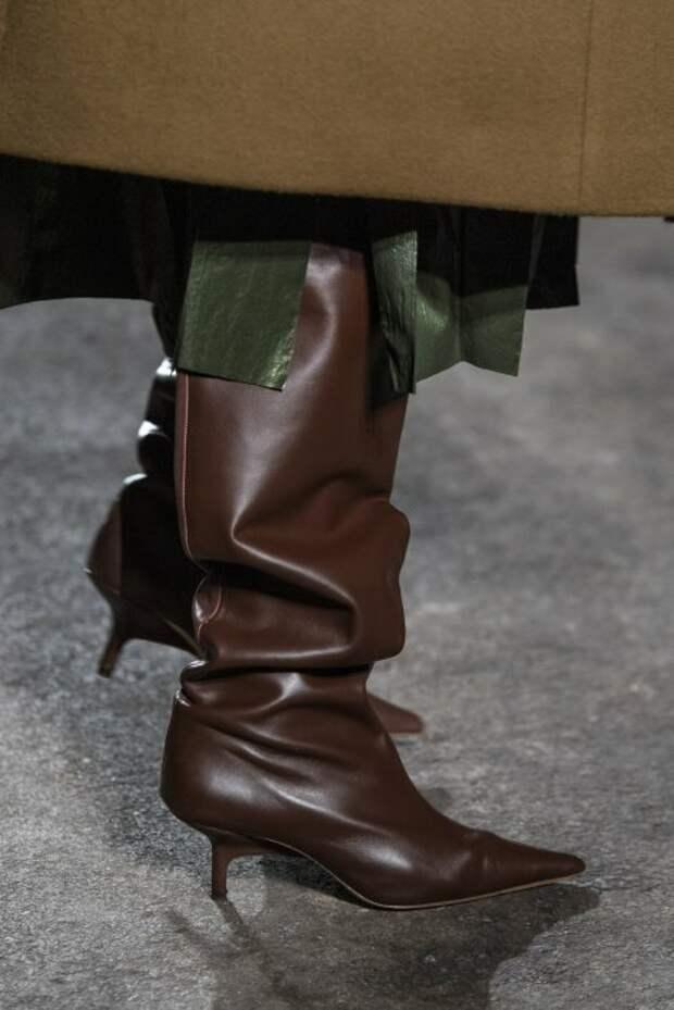 7 хитов. Модная обувь и аксессуары из показов