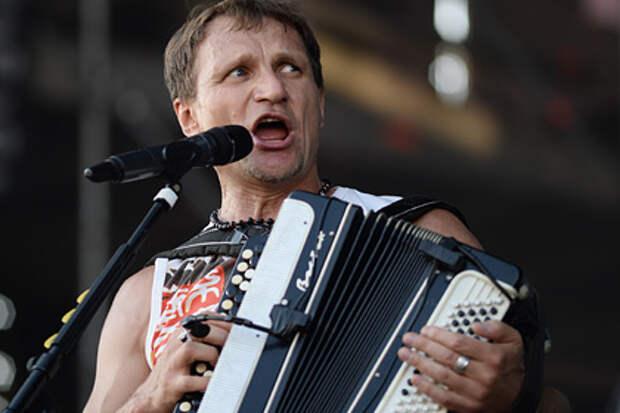 Украинский певец назвал русскоязычное население «резидентами без права голоса»