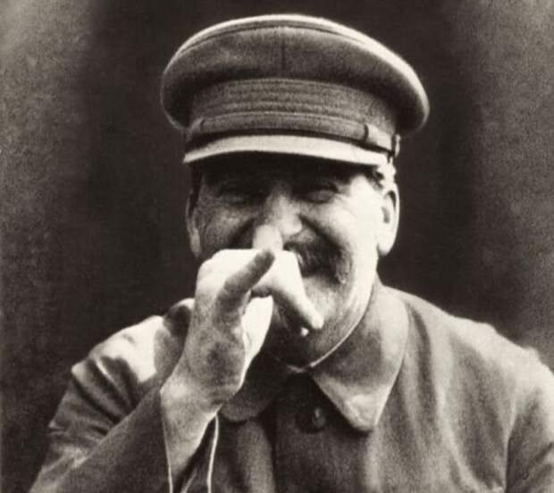 "Сталин ""под ёлочку"""