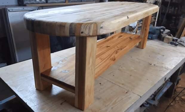 Изюминка вашего интерьера: шикарный стол, собранный по дощечкам