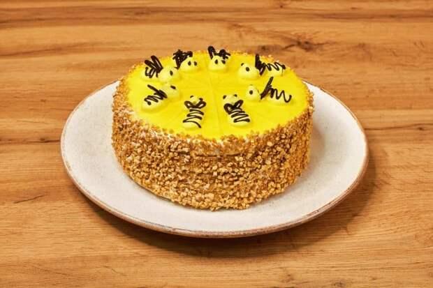 Торт Пчёлка. Ваши гости будут очарованы этим нежным лакомством 2