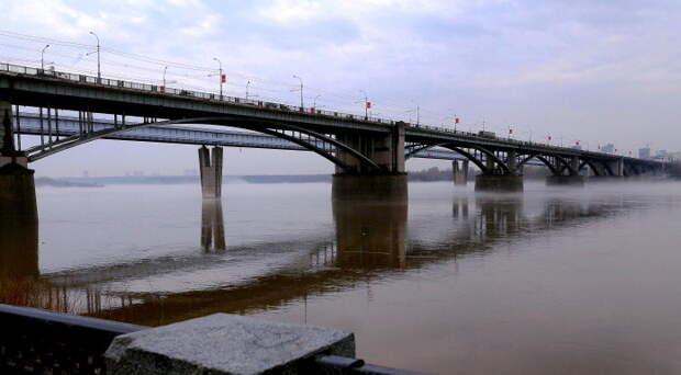 Стали известны сроки окончания ремонта Коммунального моста в Новосибирске
