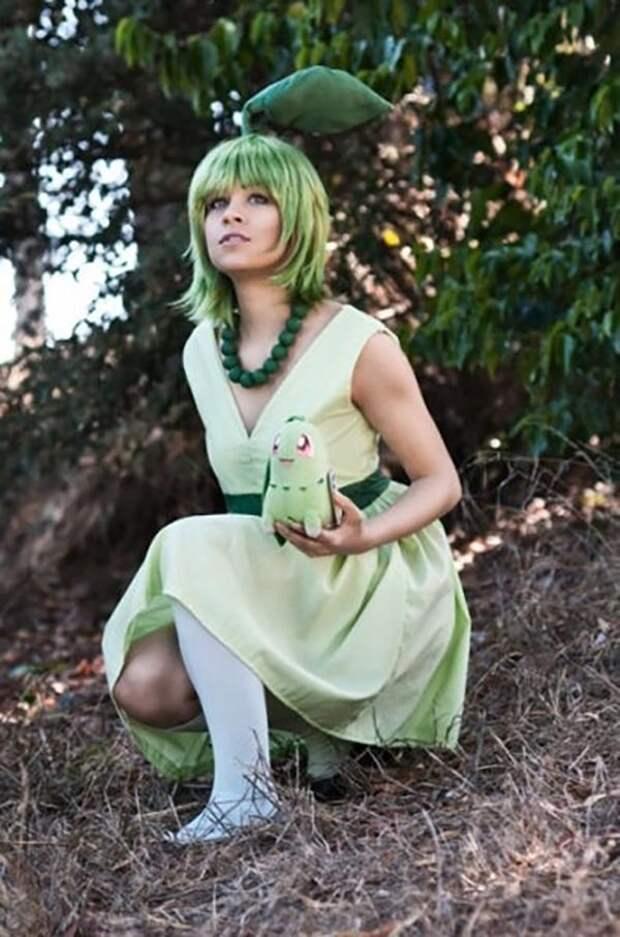 Симпатичные девушки в костюмах покемонов (40 фото)