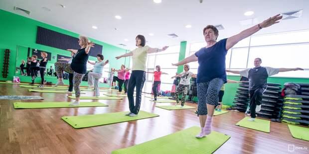 На Песчаной возобновились занятия гимнастикой для пенсионеров