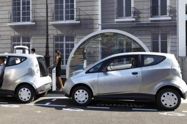 Электромобили смогут бесплатно ездить по любым дорогам РФ
