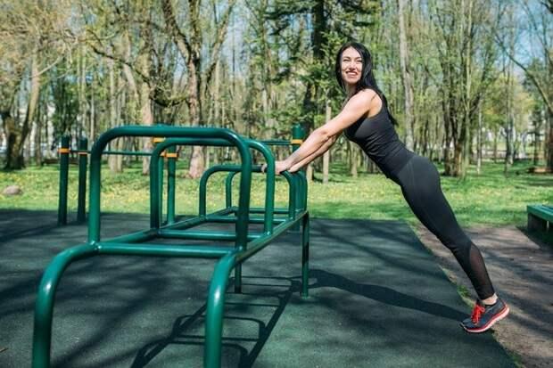 Шесть действенных упражнений для красивого тела без тренера и спортзала