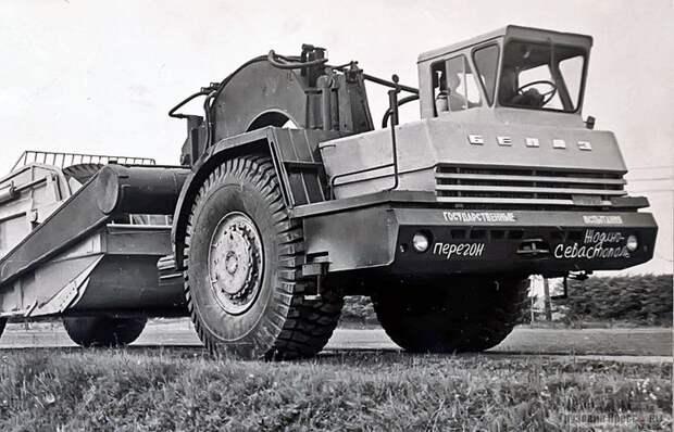 БелАз с одной осью: для чего в Советском Союзе делали такие странные машины