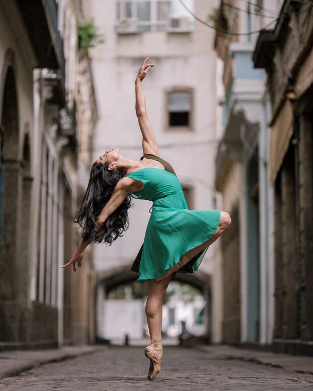 Омар З. Роблес фотографирует танец-18