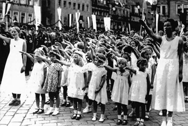 Программа «Лебенсборн»: сколько русских детей стали настоящими арийцами