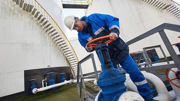 """""""Газпрому"""" помогут зелёные человечки. Стоимость газа в Европе бьёт рекорды"""