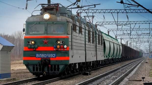 Система передачи сигналов очень важна и упрощает работу машинистов / Фото: avto.goodfon.ru