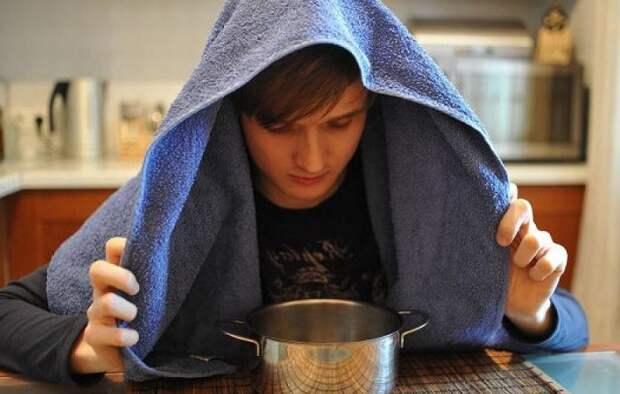Ингаляции и ароматерапия особенно эффективны при сухом кашле / Фото: gorlonos.com