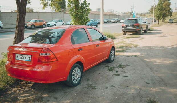 Экологический союз Ижевска: создавать парковки на газонах незаконно