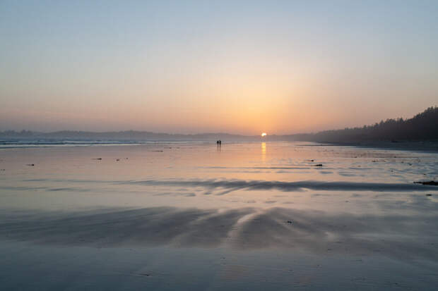 beautiful-scenery-sunset-beach-pacific-rim-national-park-vancouver-island-canada-1-1024x683 10 самых популярных островов