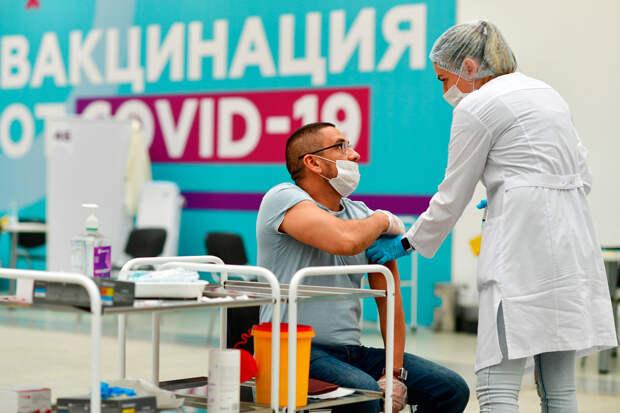 Как в Москве проходит ревакцинация от коронавируса