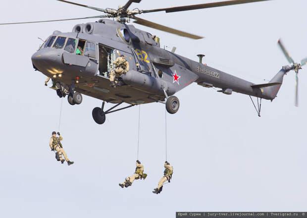 Двадцать лет пилотажной группе Беркуты