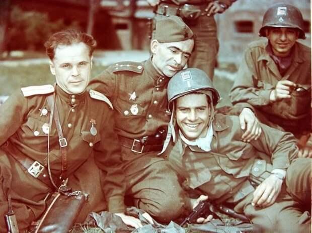 17 уникальных фотографий, сделанных в последние месяцы Великой Отечественной войны