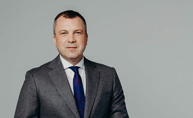 Евгений Попов: «Уверен, что Российская армия и флот обеспечат нашу безопасность»