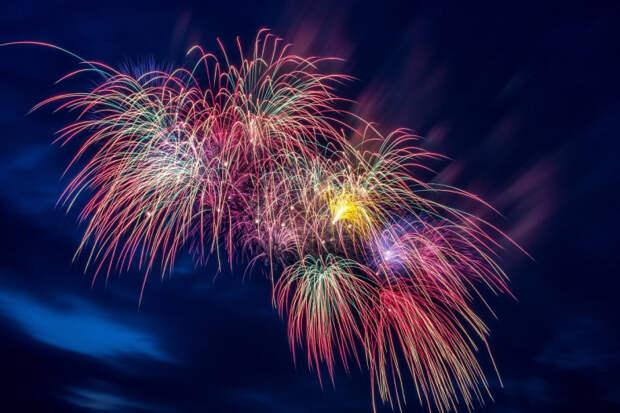 В Благовещенской праздник: лазерное шоу и двойник Майкла Джексона