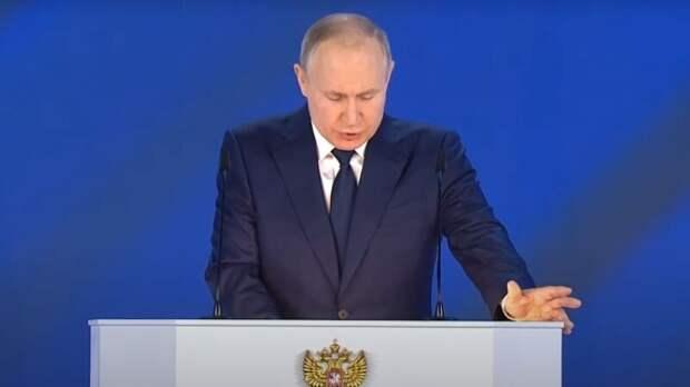 Евстафьев о послании Путина: президент обрисовал Западу пугающую картину