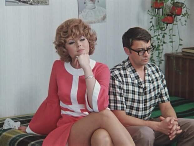 Посмотри как сейчас выглядит и чем занимается легендарная советская актриса Наталья Селезнева.