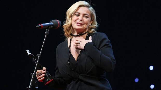 Актриса Ирина Пегова призналась, что стремительно теряет зрение