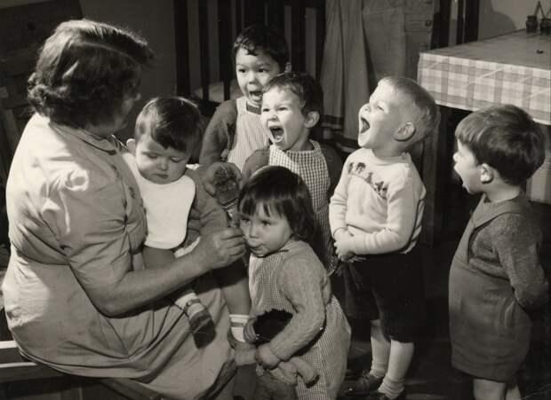 Зачем в  СССР детям давали  рыбий жир, апотом резко его запретили
