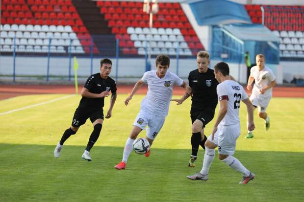 Футболисты нижегородской «Волны» вышли в 1/64 финала Кубка России