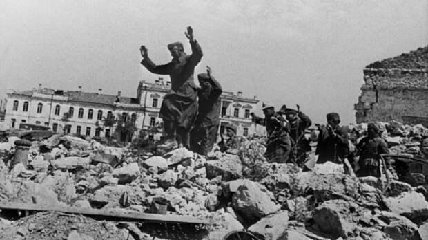 ФСБ рассекретила документы об экспериментах нацистских врачей в Крыму в годы Великой Отечественной
