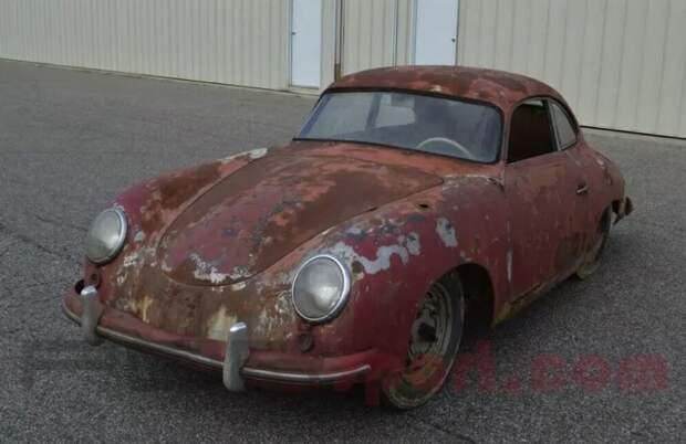 Полностью ржавый Porsche 356 оценили дороже нового «Кайена»
