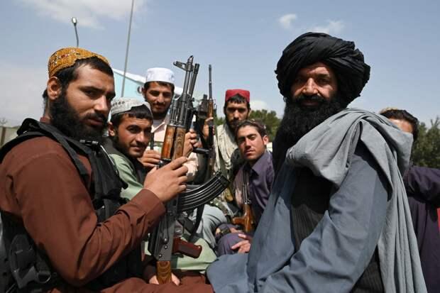 Новые власти Афганистана не включили женщин в состав временного правительства