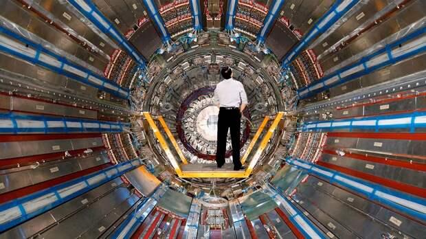 Что случится, если человек залезет в адронный коллайдер?