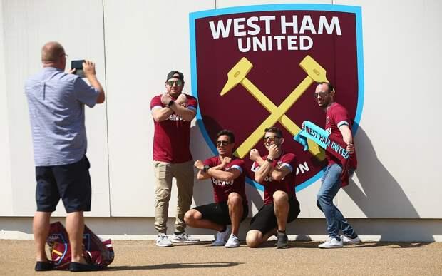 Фанаты «Вест Хэма» смогут поддерживать команду поZoom. Лица болельщиков будут транслироваться натабло стадиона