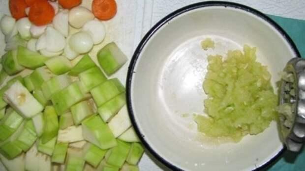 Мясорубка и овощи