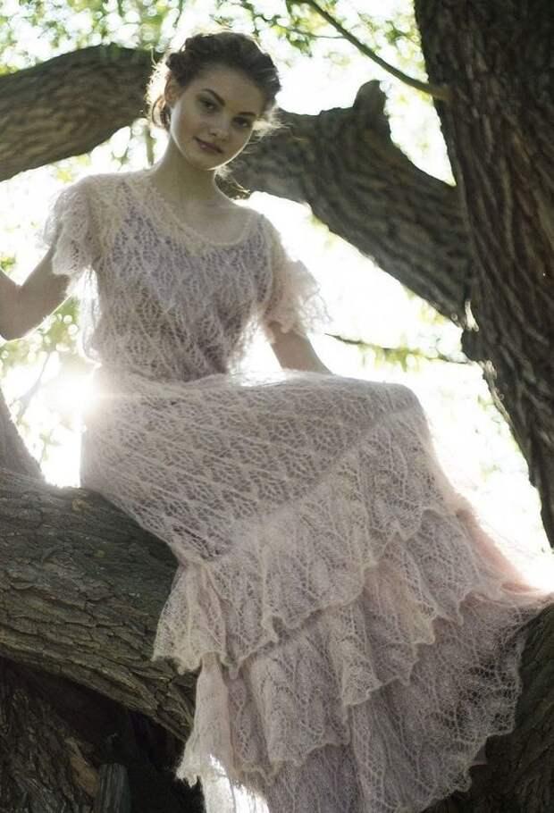 Старинные традиции в современной моде - мохеровые платья и юбки. Тепло и элегантно