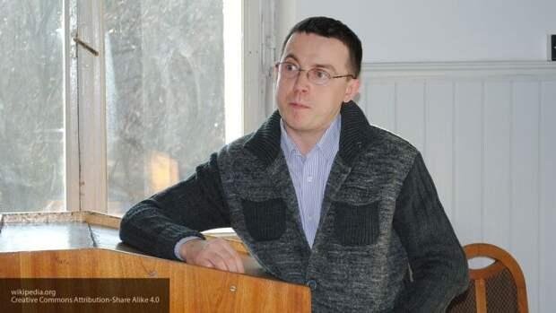 Львовский телеведущий Дроздов назвал украинцев «испорченными технологиями Кремля»