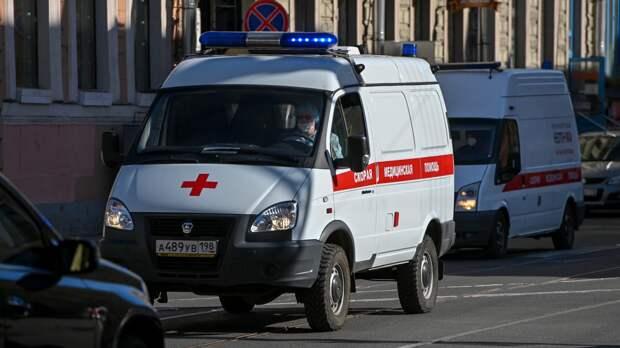 Пожилой житель Волгоградской области не поставил автомобиль на ручник и погиб
