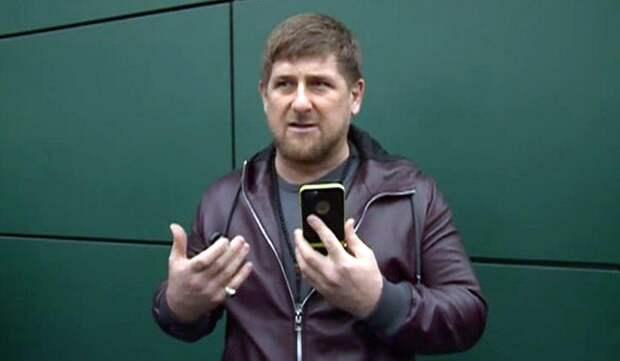 """Кадыров назвал """"страшилкой и бредом"""" слухи о зомбировании населения Чечни с помощью 5G"""