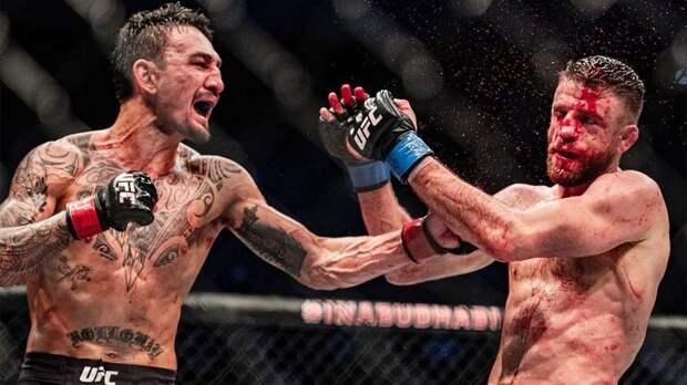 Президент UFC переживал, что Каттар умрет после боя с Холлоуэем. Тот пропустил рекордное число ударов