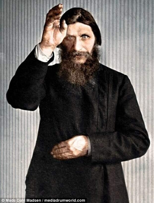 И самое известное его пророчество - Распутин предсказал свою смерть и гибель царской семьи Распутин, интересное, тайны, факты, фото