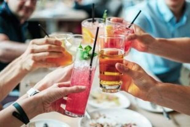 Кардиолог назвала допустимую дозу алкоголя