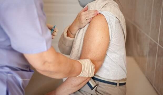 ВОренбурге посетители поликлиники №1 возмущены организацией прививочной кампании