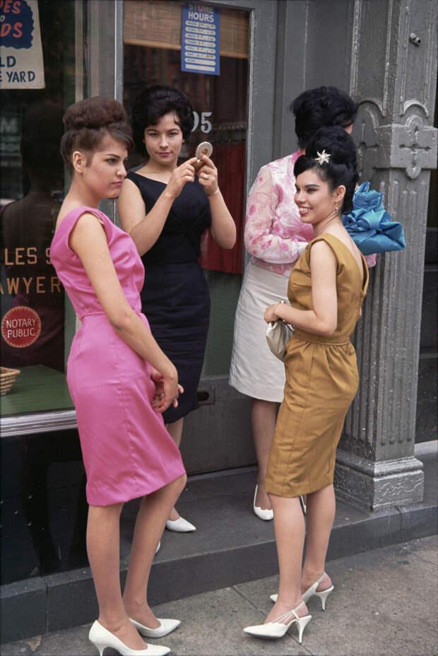 30 самых ярких работ легенды уличной фотографии Джоэла Мейеровица