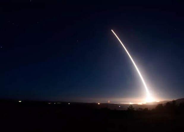 Boeing завершил предварительное проектирование новой баллистической ракеты