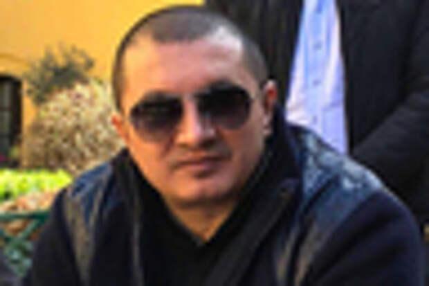 Надир Салифов
