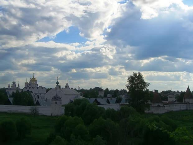 Александровский женский монастырь в Суздале