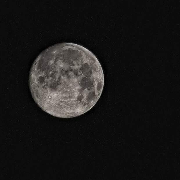 """Замглавы """"Роскосмоса"""" назвал указ Трампа об освоении Луны """"планом по захвату планет"""""""